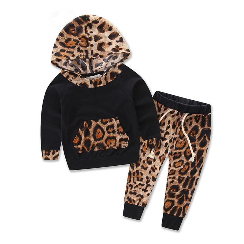 Fashion Style baby girls clothes set 2017 Long Sleeve Leopard Print Tracksuit Top + Pants Outfits toddler girl clothing good D40
